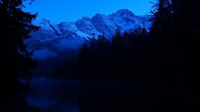 Nachtwanderung am Eibsee (mit Zugspitzblick)