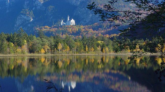 Schloss Neuschwanstein mit Alpsee